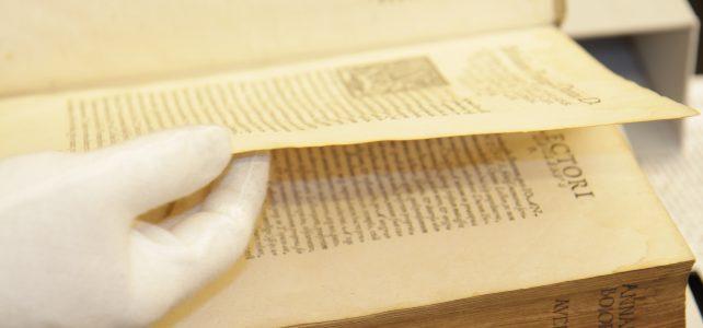 Schreibauftrag und Publikationsverbot – wie passt das zusammen?